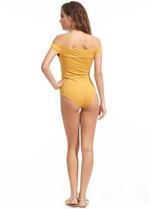 Costas-Maio-Ombro-Amarelo