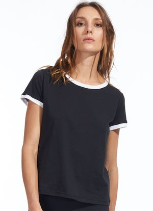 T-Shirt-Holly-Preto
